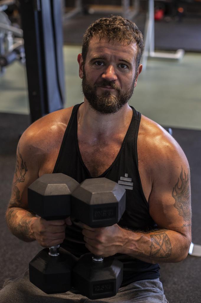 Jag är en typ2 diabetiker som frestas av att kalla mig frisk. Omläggning av kost och motion har gett mig tålighet för gott igen, och jag behöver inte medicinera. Jag har gymmat i många år av mitt liv, men tagit det mer seriöst på slutet då jag såg hälsovinsterna. Den här bloggen är min historia.